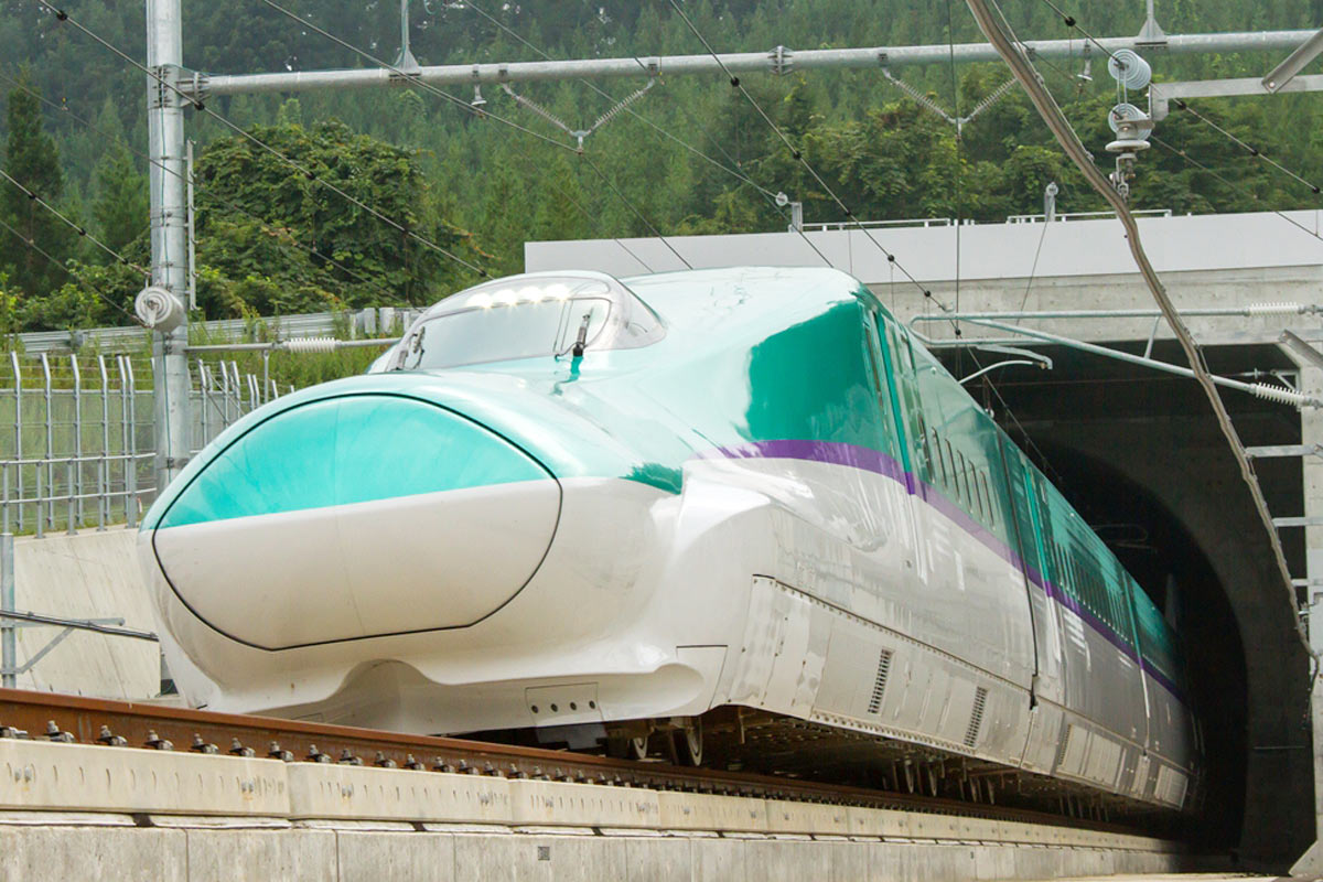 北海道新幹線開業! 世界一の雪対策