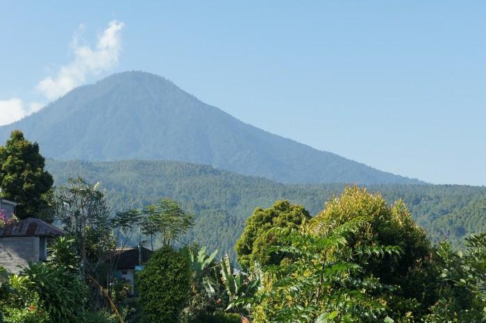 バリ島 - アグン山 | ライブカメラ検索 カメ探