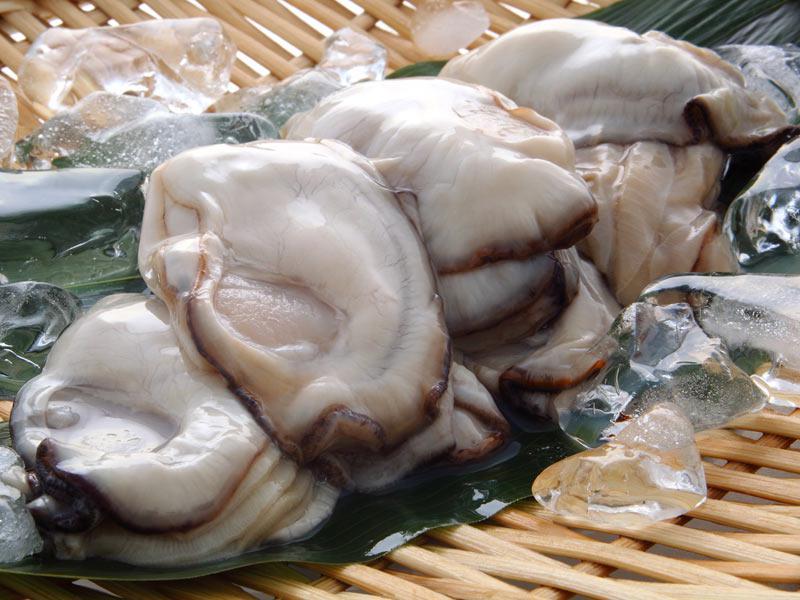 鮮度が決め手! 美味しい牡蠣の見分け方味を決めるのはまず鮮度鮮度は貝柱と身の色でわかる殻付きは「傷が少ないもの」が良い参考資料など