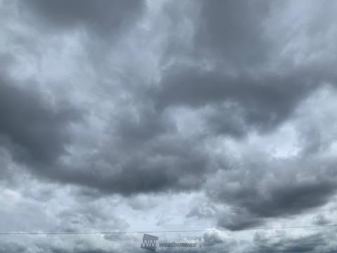 厚い雲に覆われた空となっています。 午前 | 大阪府柏原市 | たかぽん | ウェザーニュース
